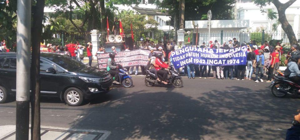 Mengecam Pengusaha Jepang yang Melanggar Hak Buruh dan Hukum di Indonesia