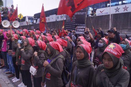 Pernyataan Sikap 8 Maret 2020: Mendukung Perjuangan Buruh AICE Memperbaiki Kondisi Kerja