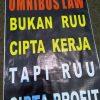 Bukan Ditunda, Omnibus Law Harus Dibatalkan Seluruhnya